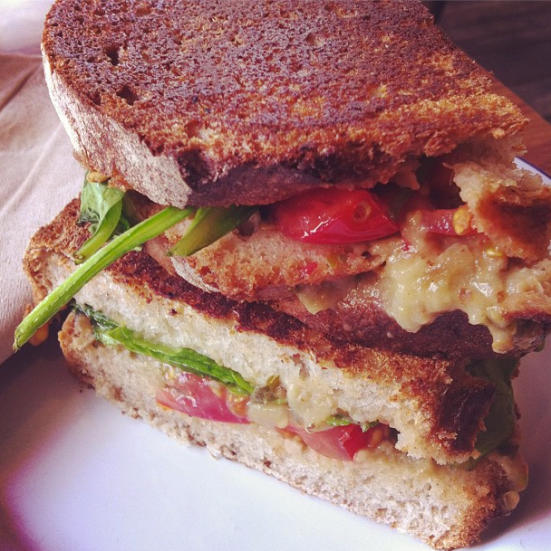avocado and sundried tomato toastie